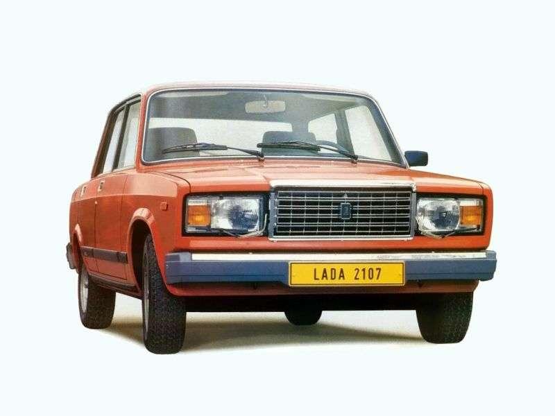 VAZ (Lada) 2107 1st generation 1.3 MT sedan (1982–1990)