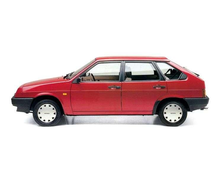 VAZ (Lada) 2109 1st generation 1.6 MT hatchback (1988–2006)