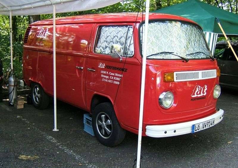 Volkswagen Transporter T2 [restyling] van 1.7 AT (1971–1979)