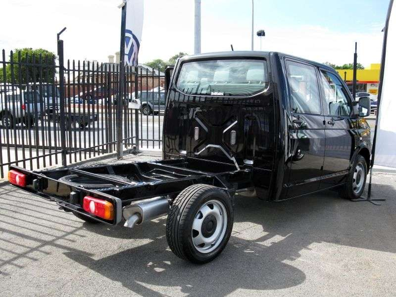 Volkswagen Transporter T5 chassis 2.5 TDI LWB L2H2 MT (2006–2009)