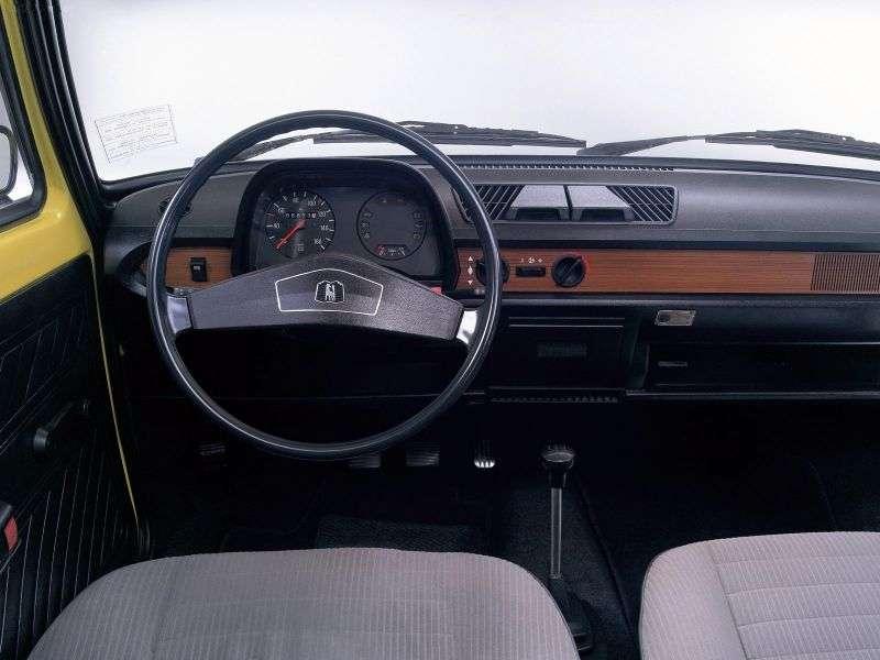 Volkswagen Polo 1st generation sedan 1.3 L MT (1977–1979)