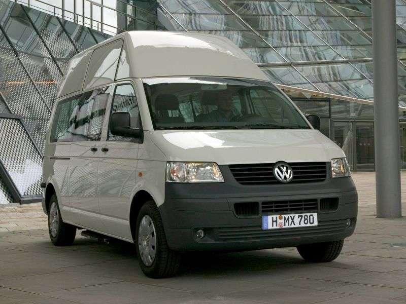 Volkswagen Transporter T5 Minibus 2.5 TDI Kombi 4motion L MT (2004–2009)