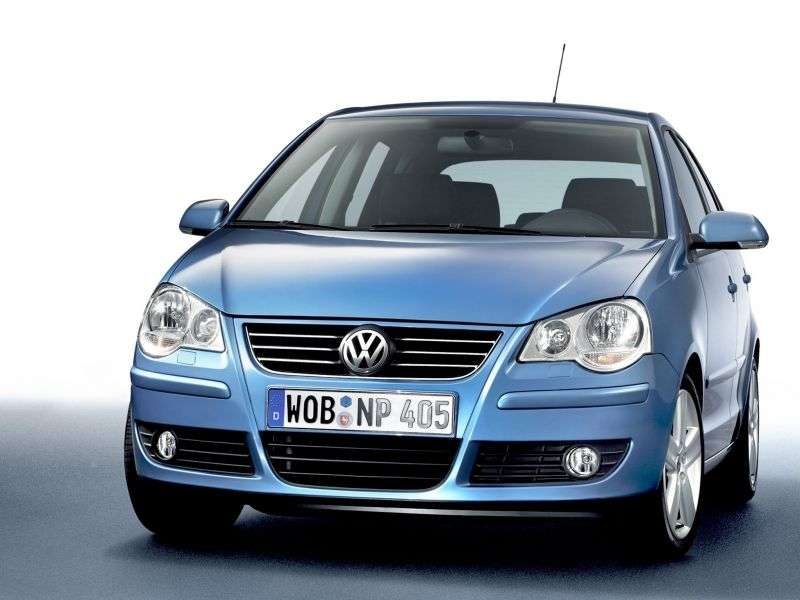 Volkswagen Polo 4 generation [restyling] hatchback 5 dv. 1.6 AT (2005–2009)