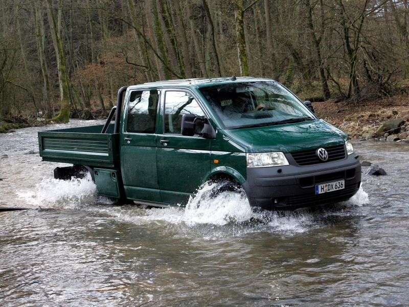Volkswagen Transporter T5Double Cab pick up 4 dv. 2.5 TDI 4motion L AT (2004–2009)
