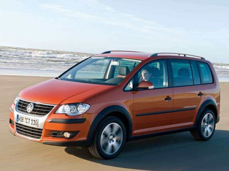 Volkswagen Touran 2nd generation Cross 5 minivan minivan 1.4 TSI MT (2006–2010)