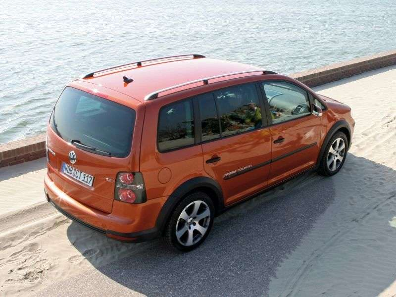 Volkswagen Touran 2nd generation Cross 5 minivan minivan 1.4 TSI Ecofuel MT (2009–2010)