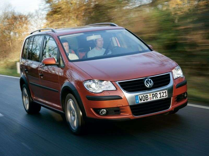 Volkswagen Touran 2nd generation Cross 5 minivan minivan 1.9 TDI AT (2006–2010)