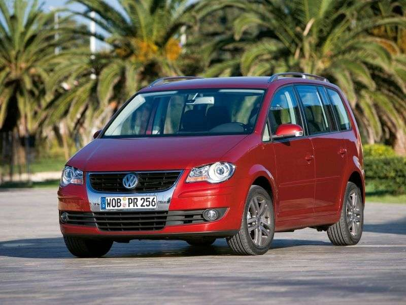 Volkswagen Touran 2nd generation minivan 5 dv. 2.0 D MT (2006–2010)