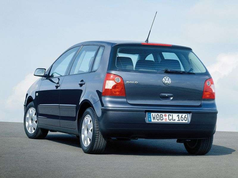 Volkswagen Polo 4 generation hatchback 5 dv. 1.4 AT (2001–2005)