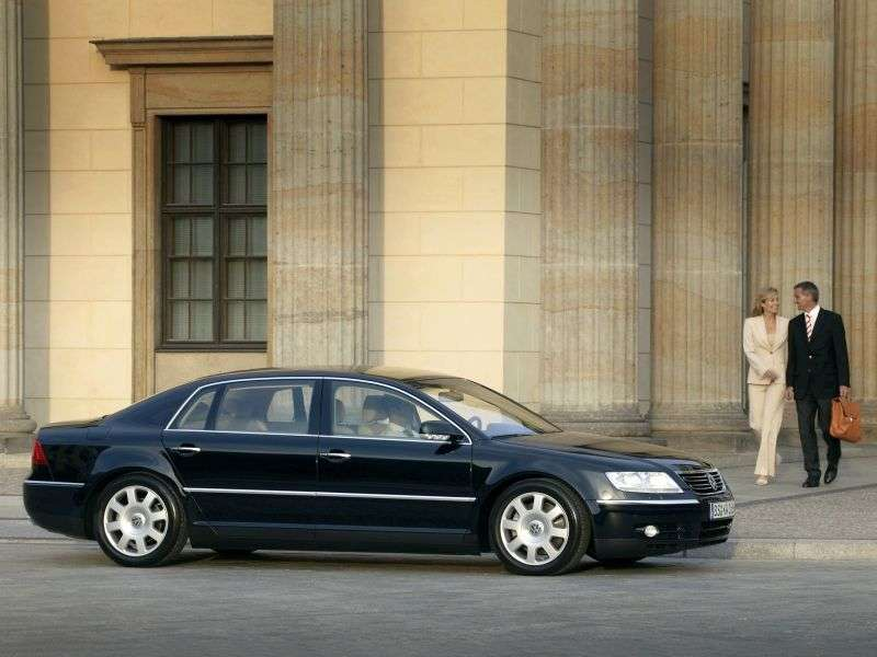 Volkswagen Phaeton 1st generation sedan 3.2 L MT (2003–2007)