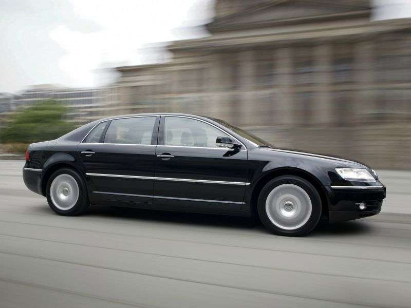 Volkswagen Phaeton 1st generation 3.2 MT sedan (2003–2007)