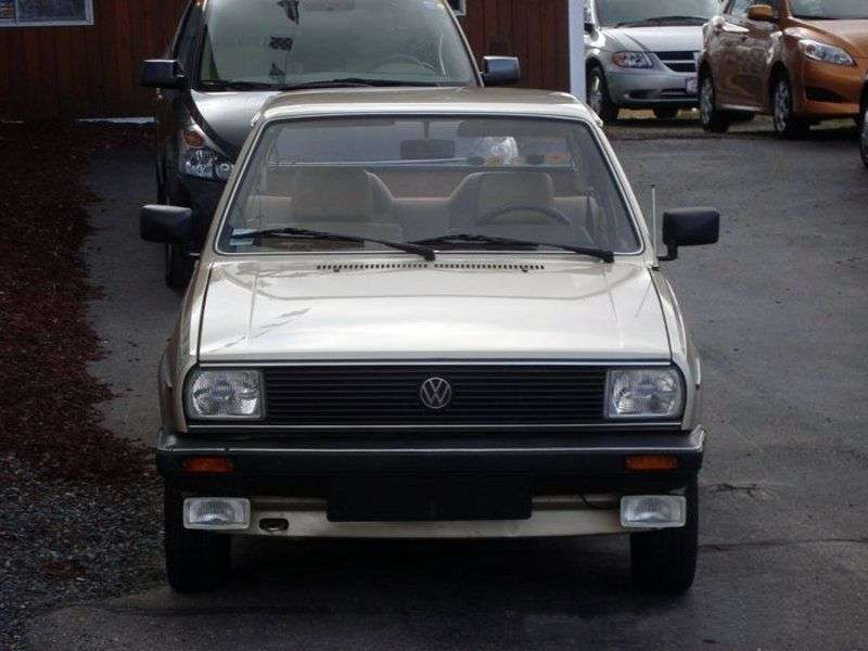 Volkswagen Derby 2nd generation 1.1 MT sedan (1981–1983)