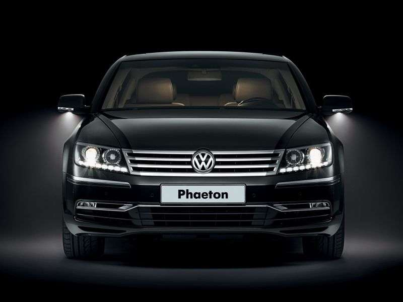 Volkswagen Phaeton 1st generation [2nd restyling] sedan 4.2 L 4Motion AT Basic (2010 – AD)