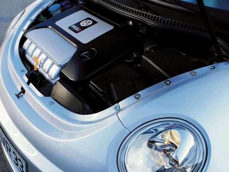 Volkswagen New Beetle pierwszej generacji RSi hatchback 3 drzwiowy 3.2 V6 4Motion MT (2000 2003)