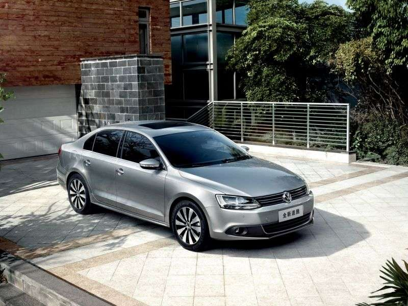 Volkswagen Sagitar 2nd generation 1.4 TSI DSG sedan (2012 – n.)