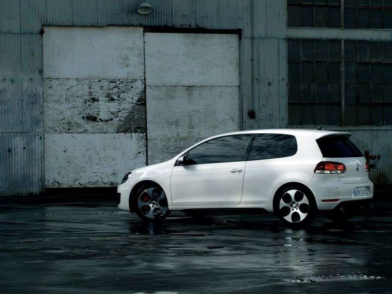 Volkswagen Golf 6 generation GTI hatchback 3 dv. 2.0 TSI DSG Turbo GTI (2009–2012)
