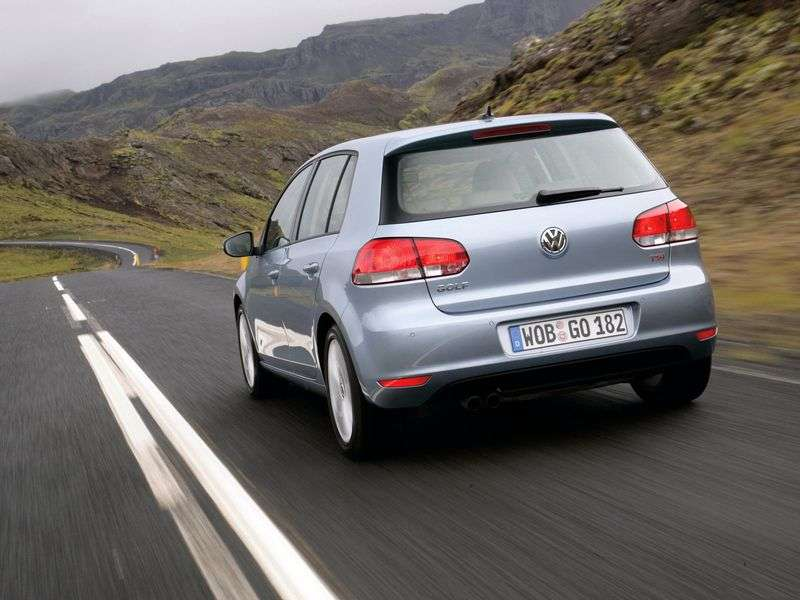 Volkswagen Golf 6th generation hatchback 5 dv. 2.0 TDI MT Trendline (2009 – present)
