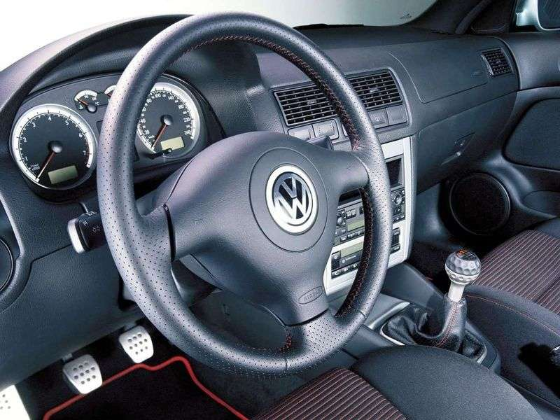 Volkswagen Golf 4th generation 25th Anniversary 3 dv hatchback 1.8T 20v MT (2002–2001)