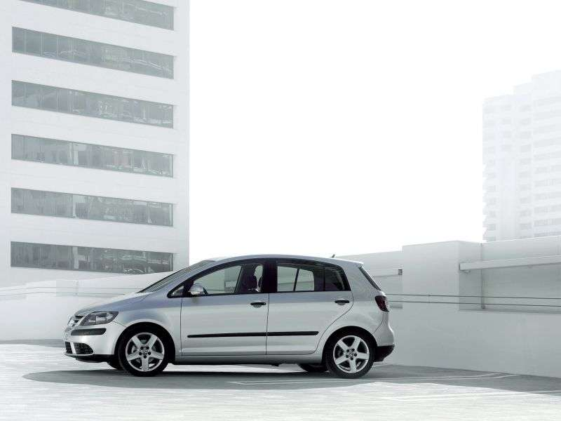 Volkswagen Golf 5th generation Plus 5 door minivan 2.0 FSI Tiptronic (2005–2009)