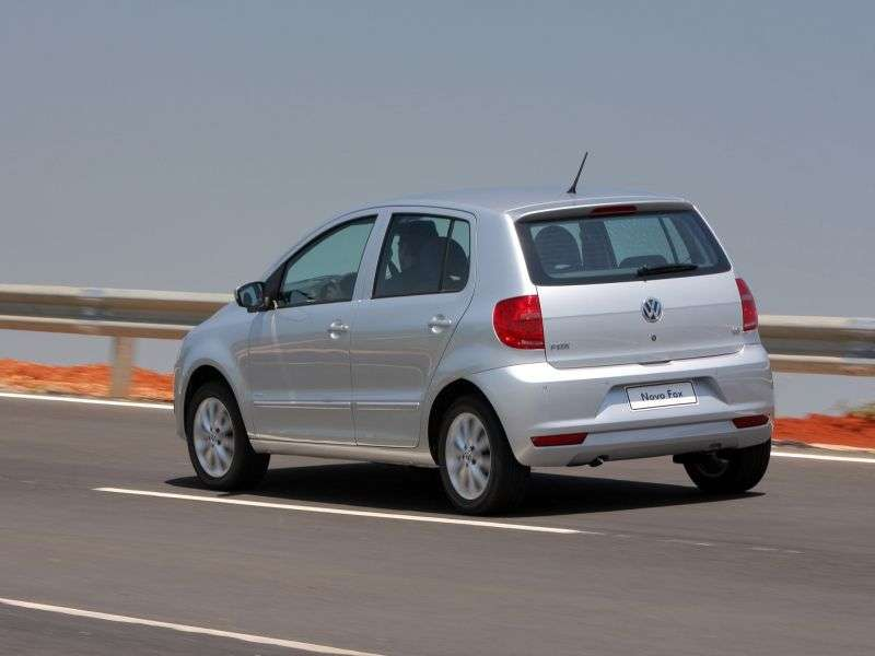 5 drzwiowy hatchback Volkswagen Fox trzeciej generacji 1.6 BlueMotion MT (2009 obecnie)