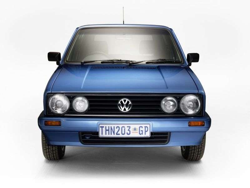 Volkswagen Citi Golf 1st generation [restyling] hatchback 1.3 MT (2003–2009)