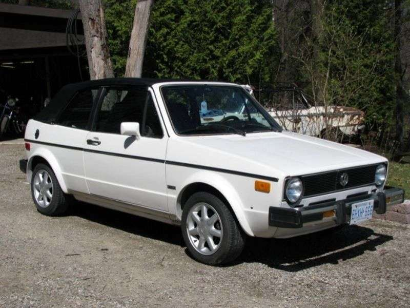 Volkswagen Rabbit 1st generation Convertible 1.5 MT convertible (1980–1985)