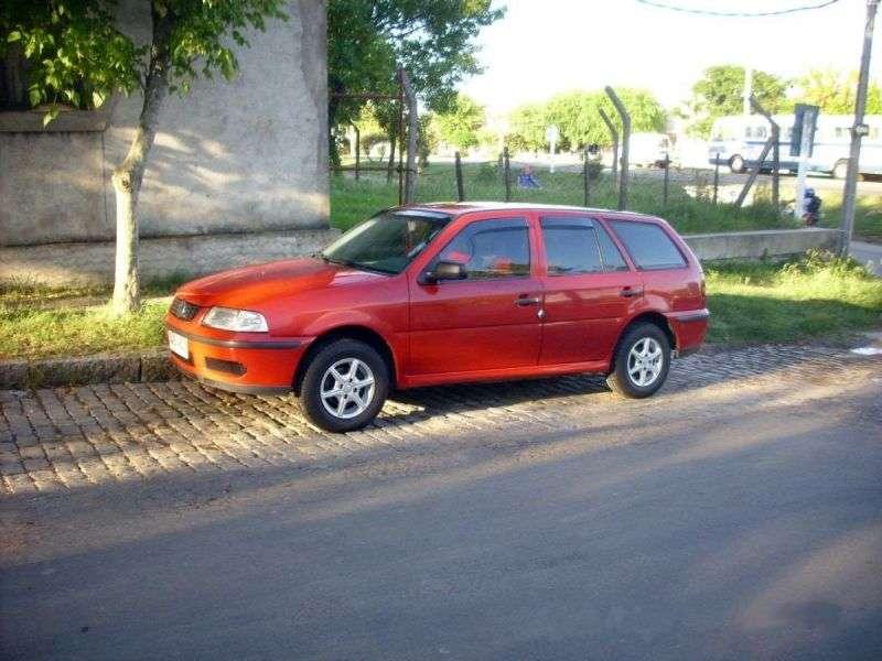 Volkswagen Parati 3 generation [restyling] station wagon 1.0 16V MT (2000–2005)