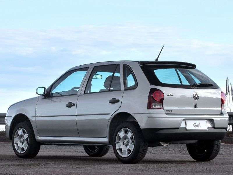 Volkswagen Gol G4hetchbek 5 dv. 1.6 MT (2005–2010)