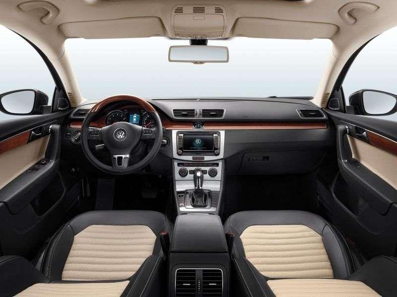 Volkswagen Magotan 2nd generation 2.0 TSI DSG sedan (2011 – n.)