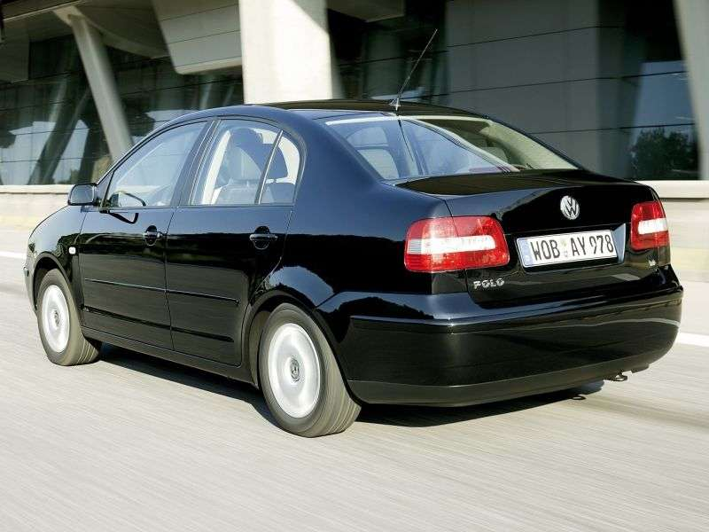 Volkswagen Polo 4th generation Classic Sedan 1.4 16V AT (2001–2005)