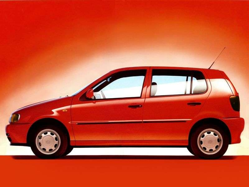 Volkswagen Polo 3 generation hatchback 5 dv. 1.6 MT (1994–1999)