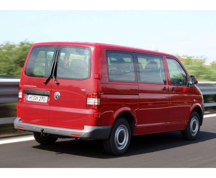 Volkswagen Transporter T5 [restyling] Kombi minibus 2.0 TSI MT L1H2 Basic (2010 – n.)