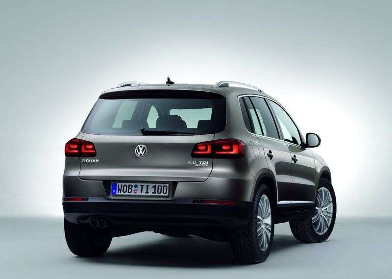 Volkswagen Tiguan 1st generation [restyling] 2.0 TSI 4Motion AT Track & Field crossover (2011 – n.)