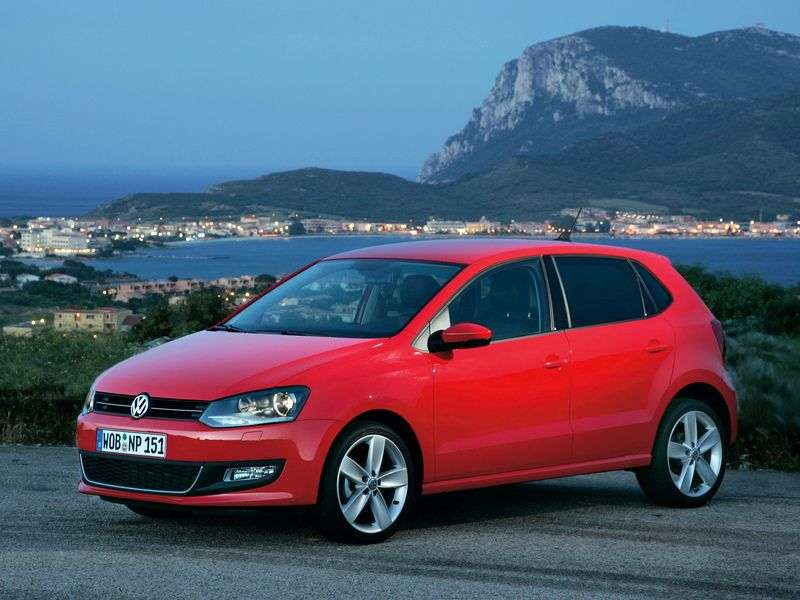 Volkswagen Polo 5 drzwiowy hatchback 5 drzwiowy. 1,4 MT Comfortline (2009 obecnie)