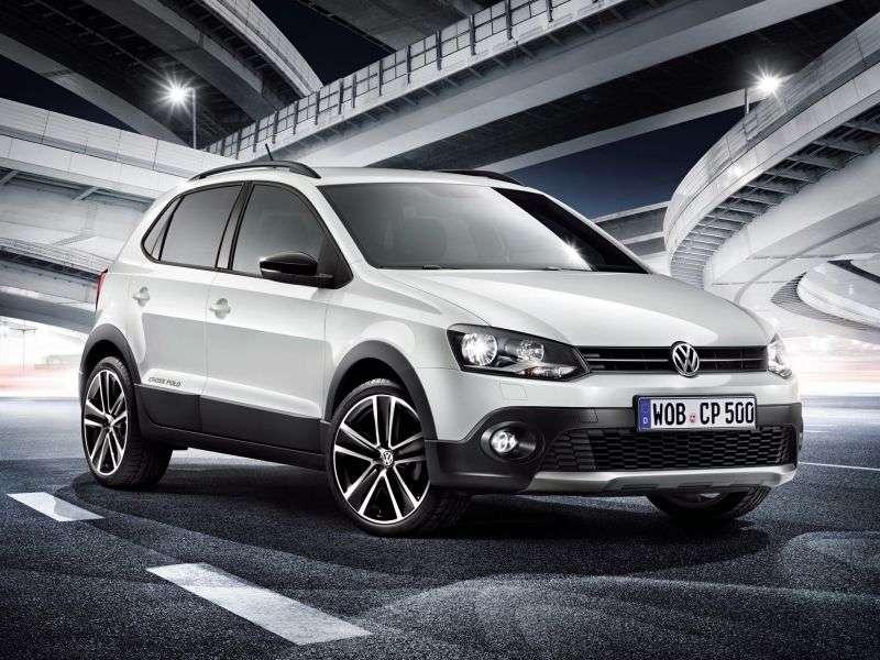 Volkswagen Polo 5 generation CrossPolo hatchback 5 bit. 1.4 DSG Basic (2009 – present)