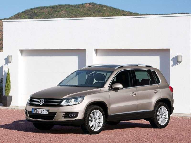 Volkswagen Tiguan 1st generation [restyling] 2.0 TDI 4Motion AT Track & Field crossover (2011 – n.)