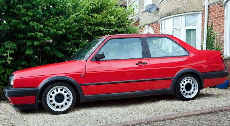 Volkswagen Jetta 2 generacji [zmiana stylizacji] sedan 2 drzwi. 1,6 mln ton (1987 1992)