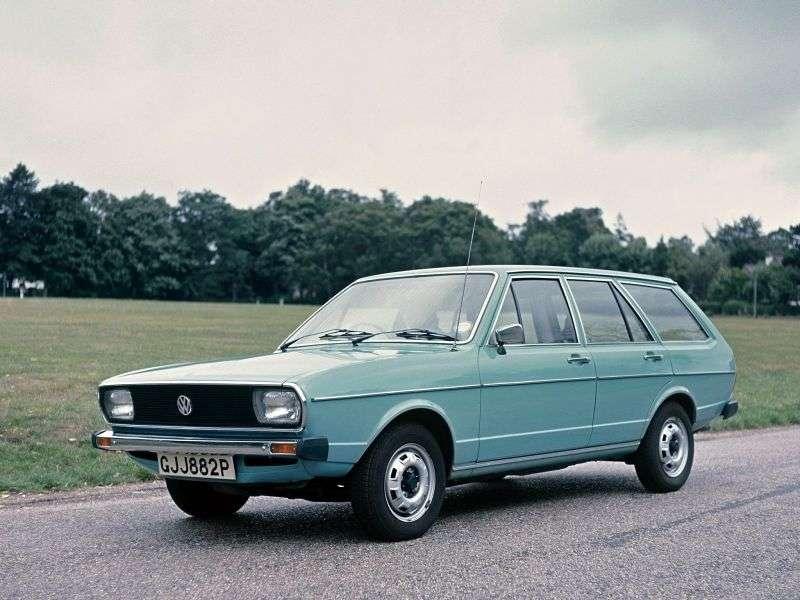 Volkswagen Passat B1universal 1.3 MT (1974–1977)