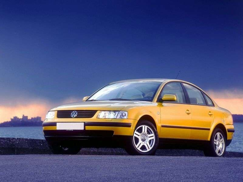 Volkswagen Passat B5sedan 4 bit. 2.3 AT (1996–2000)