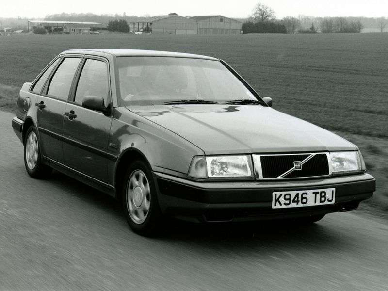Volvo 440 1st generation hatchback 1.6 MT (1988–1996)