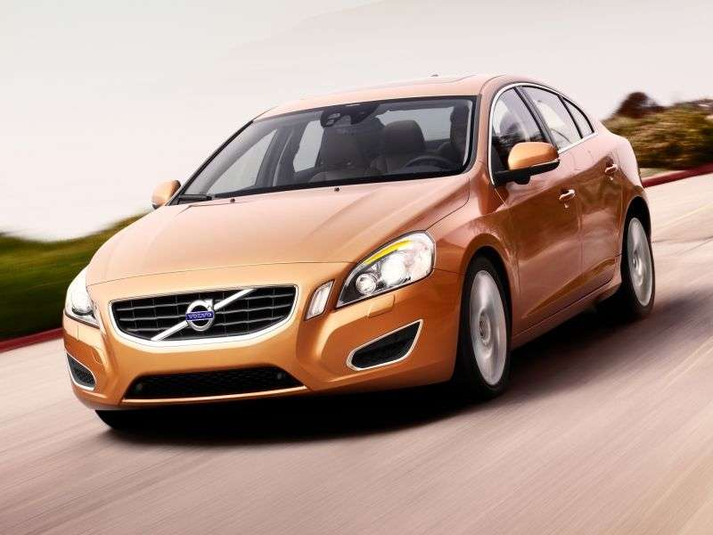 Volvo S60 2nd generation sedan 2.0 T4 AT Kinetic (2013) (2011–2013)