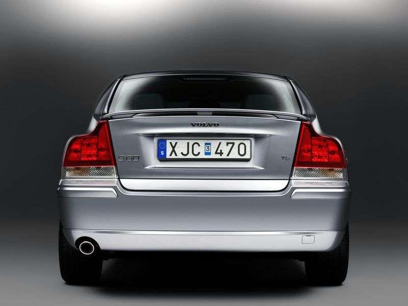 Volvo S60 1st generation [restyled] 2.5 T MT AWD sedan (2004–2010)