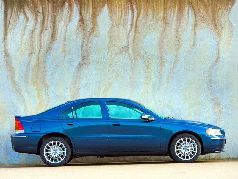 Volvo S60 1st generation [restyled] 2.5 T AT sedan (2004–2010)