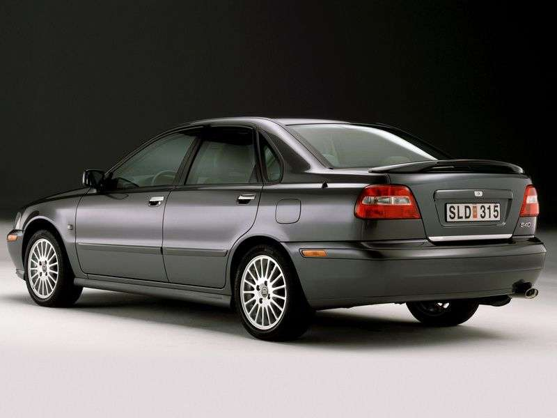 Volvo S40 1st generation [restyled] 1.8 MT sedan (2000–2004)