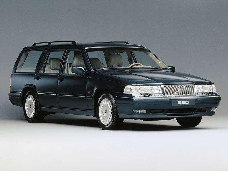 Volvo 960 1st generation 2.0 MT wagon (1990–1996)