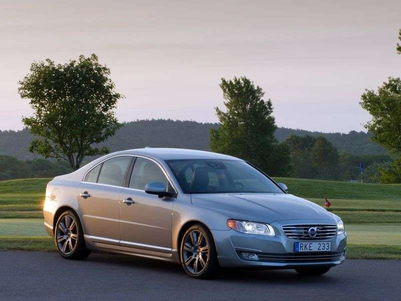 Volvo S80 2nd generation [2nd restyling] 2.5 T5 sedan Geartronic Momentum (2014) (2013 – current century)