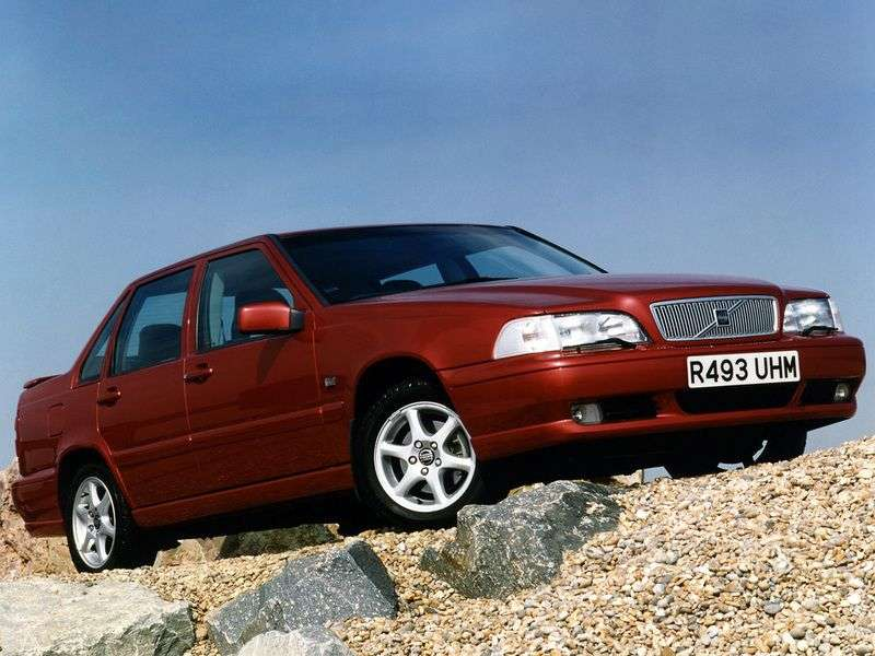 Volvo S70 1st generation sedan 2.3 T MT (1997–2000)