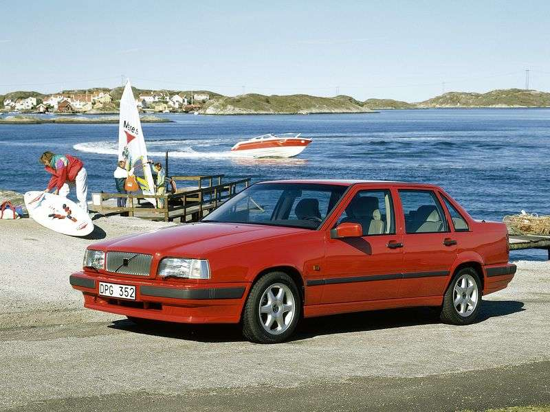 Volvo 850 1st generation 2.0 MT sedan (1994–1997)