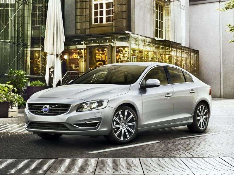 Volvo S60 2nd generation [restyling] 1.6 T3 sedan Powershift R Design (2014) (2013 – n.)