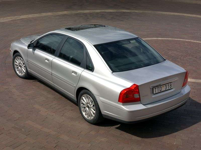 Volvo S80 1st generation 2.5T sedan AT AWD (1998–2006)